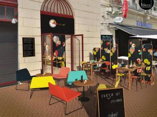 Vue de la terrasse - Café restaurant Fresh Up à Bordeaux: Espaces commerciaux de style  par Agence Ideco