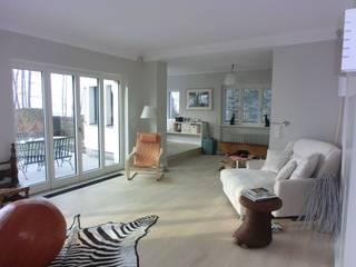 H43 - Bauhaus Villa on the lake shore tredup Design.Interiors Modern Living Room