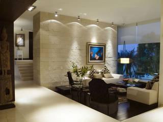 Casa Sauces Salones de ARCO Arquitectura Contemporánea