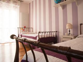 Phòng ngủ phong cách kinh điển bởi Alessandro Multari Ingegnere - I AM puro ingegno italiano Kinh điển