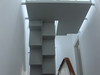 Loft staircase Modern corridor, hallway & stairs by Phi Architects Modern