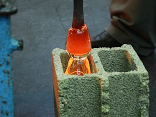 Concrete Blown Glass:  de style  par BENJAMIN FOURNIER