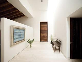 HBT3 House Home design ideas by Lopez Duplan Arquitectos