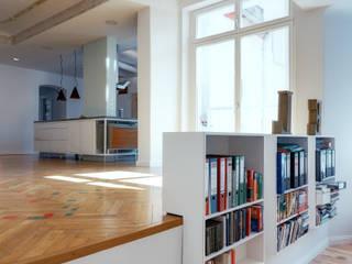 Flat in Prenzlauer Berg IV:  Wohnzimmer von Ringo Paulusch