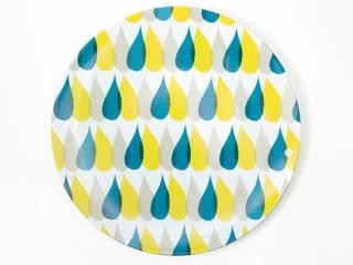 """Assiette graphique """"3 Gouttes de pluie"""":  de style  par Petits Grains"""
