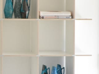 HONEYandSPICE innenarchitektur + design Living roomShelves Kayu White