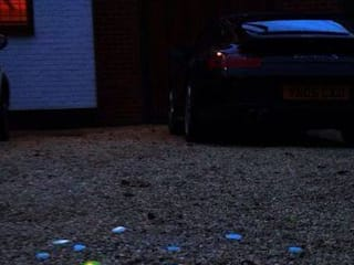 Transforming a standard gravel driveway into a stunning piece of self-illuminating and self-sustaining light after dark.... de Eli-Chem Resins U.K Ltd Moderno