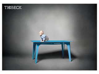 KwiK Designmöbel GmbH ComedorMesas