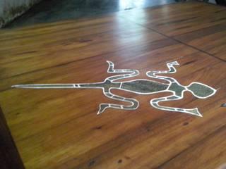 Mesa ratona 6 cajones . Cedro reciclado de MuebleArte Rústico