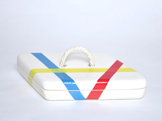 ceramic collection LINES  :  in stile  di Cynthia Viale