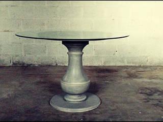 table sur mesure par Atelier Christophe Bret / Ebéniste Designer Classique