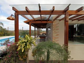 Nhà để xe/nhà kho phong cách mộc mạc bởi Graça Brenner Arquitetura e Interiores Mộc mạc