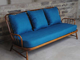 Vintage Ercol Jubilee Sofa in Teal : eclectic  by Sketch Interiors, Eclectic