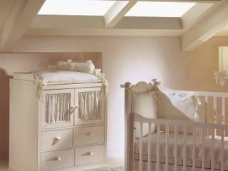 Classic style nursery/kids room by De Baggis Srl Classic