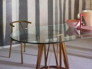 Akko Table von Florian Schmid
