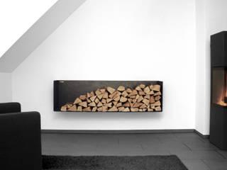 Kaminholzregal FERRO: modern  von Goldau & Noelle Möbelmanufaktur,Modern