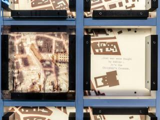 Gedächtniswand Detail 2:   von Archevolucio Lichtplanung