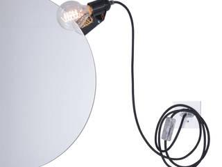 Skipper mirror clip lamp par toshi Berlin Scandinave
