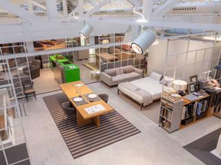 Moderne Häuser von Urbana Interiorismo Modern