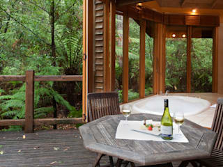 Australian Rainforest Retreat:   by Woodlands Rainforest Retreat