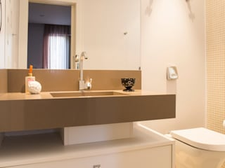 Apartamento para Finais de Semana: Casas  por Rico Mendonça,
