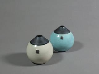 Vase boule par Laurence Fontaine Ceramique Minimaliste