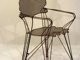 """Chaise """"Feuillages de Ginkgo"""": Maison de style  par Artiste Sculpteur, Designer et Artisan d'Art"""
