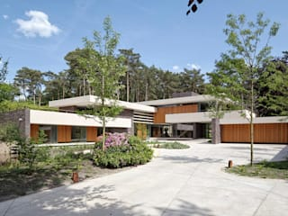 Dune villa by HILBERINKBOSCH architecten Сучасний
