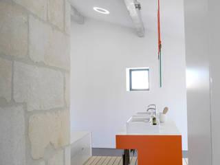Rumah: Ide desain interior, inspirasi & gambar Oleh Sara de Gouy