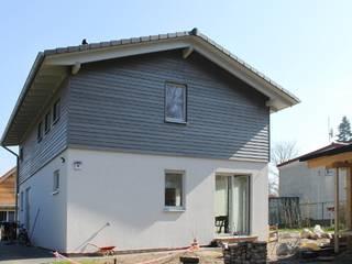 Moderne Holzhäuser : klassische Häuser von Neues Gesundes Bauen