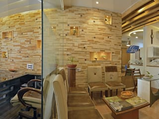 Office of Ar. Amit Sankhla (Young Energetic Interior Designer) Modern study/office by Floor2Walls Modern