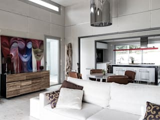 modern  by James & Mau Arquitectura, Modern