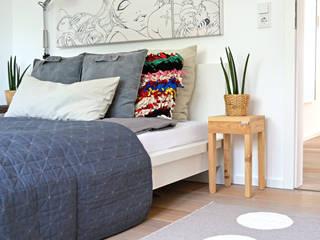 Projekty,  Sypialnia zaprojektowane przez Kristina Steinmetz Design, Nowoczesny
