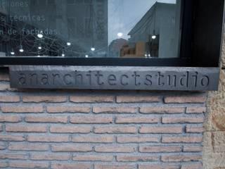 Estudio de arquitectura Estudios y despachos de estilo industrial de Ramos Bilbao Architects Industrial