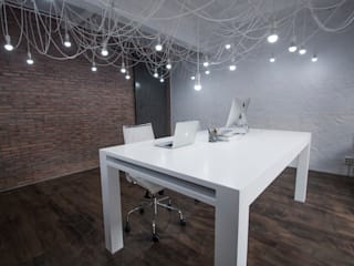 Study/office by Ramos Bilbao Architects