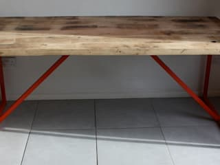 Kanteen Dining Table in Reclaimed Oak Salvation Furniture ComedorMesas