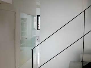 by Barbara Sterkers , architecte d'intérieur Сучасний