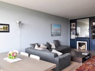 modern Living room by Barbara Sterkers , architecte d'intérieur