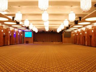 Salones de eventos de estilo  por 나우동인건축사사무소,