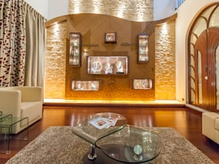 Formal Living Room:  Living room by Vishwanath And Associates