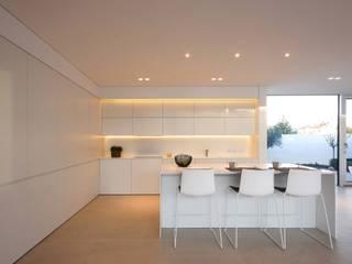 minimalist  by Mosa, Minimalist