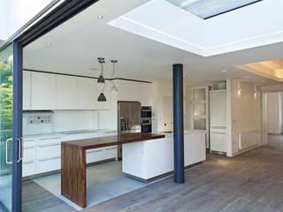 Redston Road, N8 Modern Kitchen by XUL Architecture Modern