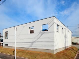 みるく: 石嶋寿和/石嶋設計室が手掛けた家です。