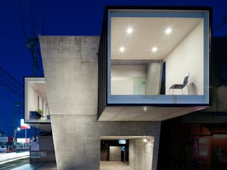 de 庄司寛建築設計事務所 / HIROSHI SHOJI ARCHITECT&ASSOCIATES Moderno
