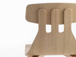 Sedia Milla – design Sami Kallio per Crassevig:  in stile  di Crassevig