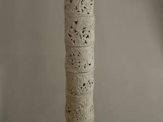 Lampe porcelaine:  de style  par Pauline Georgeault