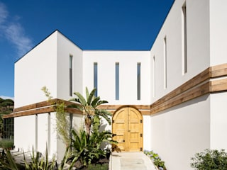 Mediterranean style windows & doors by 08023 Architects Mediterranean