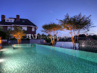 Modern pool by ERIK VAN GELDER | Devoted to Garden Design Modern