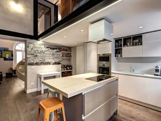 Industrial style kitchen by MOB ARCHITECTS Industrial