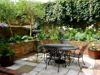 Secret Courtyard Garden Cornus Garden Design Classic interior design & decoration ideas